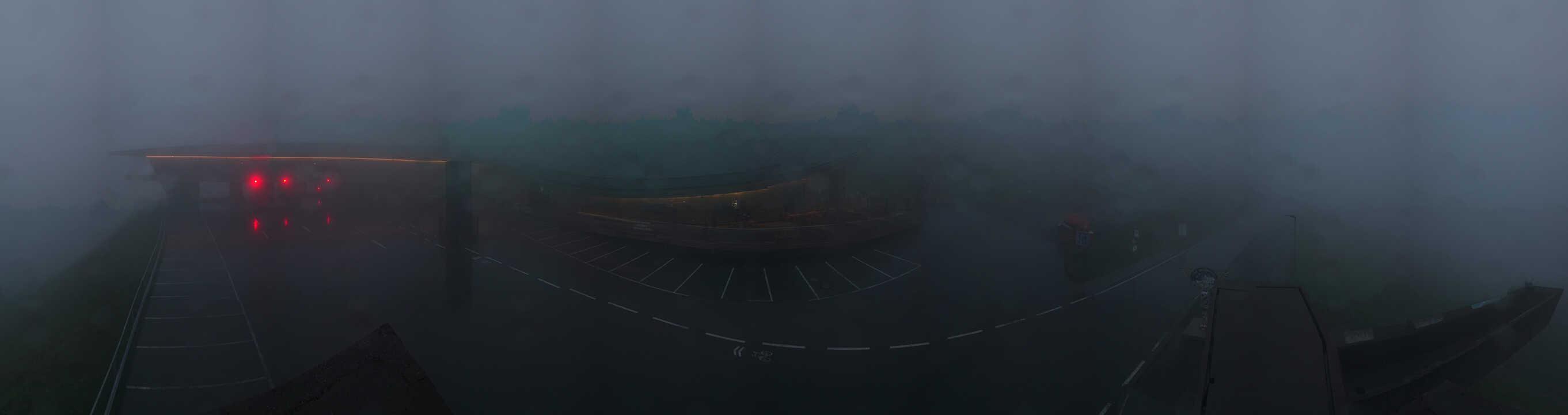 HD Panoramawebcam Hochgurgl mit Mautstelle Timmelsjoch Passtrasse und Talstation Kirchenkar Lift (rechts)