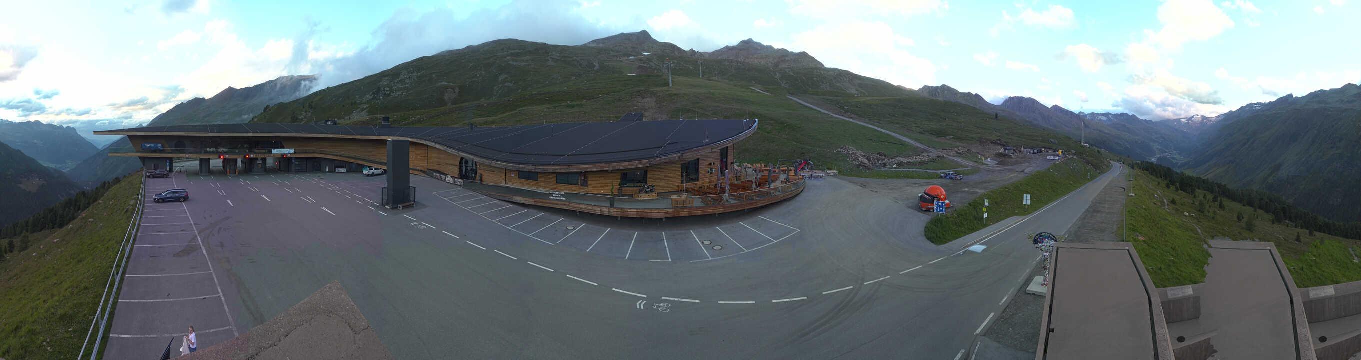 Hochgurgl webcam - Top Mountain Crosspoint